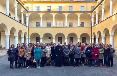 Gruppo docenti con vescovo