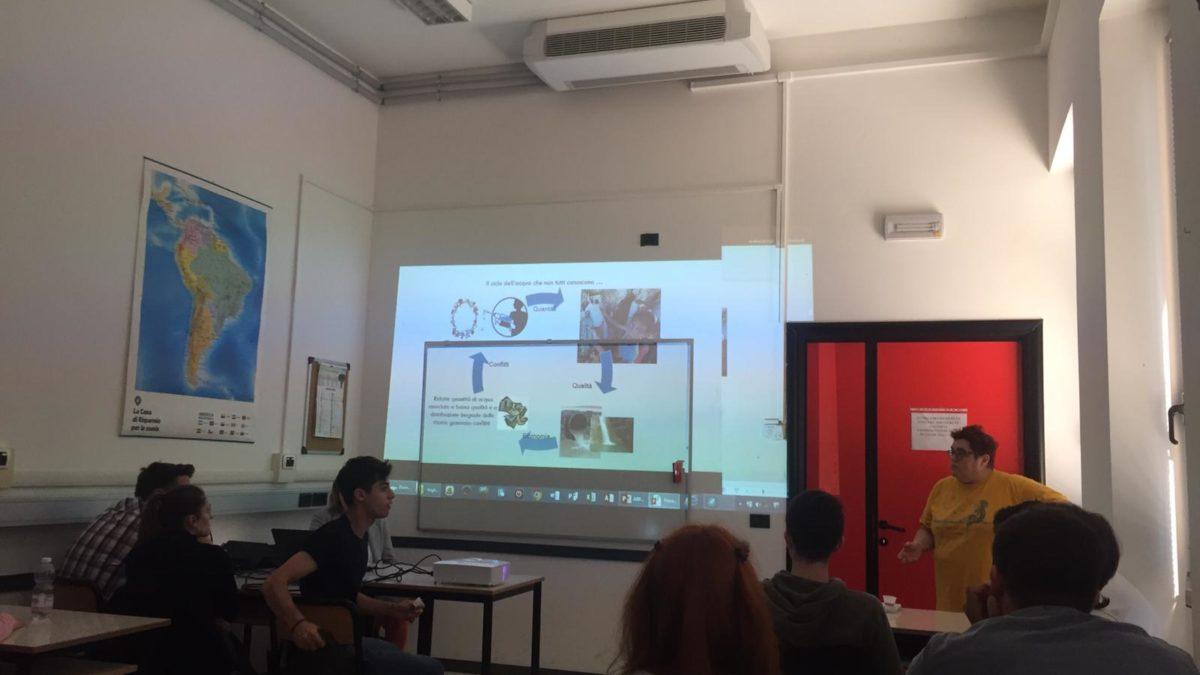 10-05-19 I ragazzi del Liceo Santachiara e Arpa Lombardia