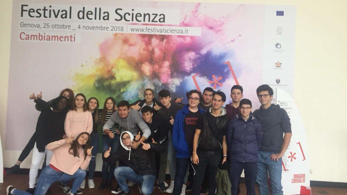 19-11-18 Il Liceo Santachiara al Festival della Scienza di Genova