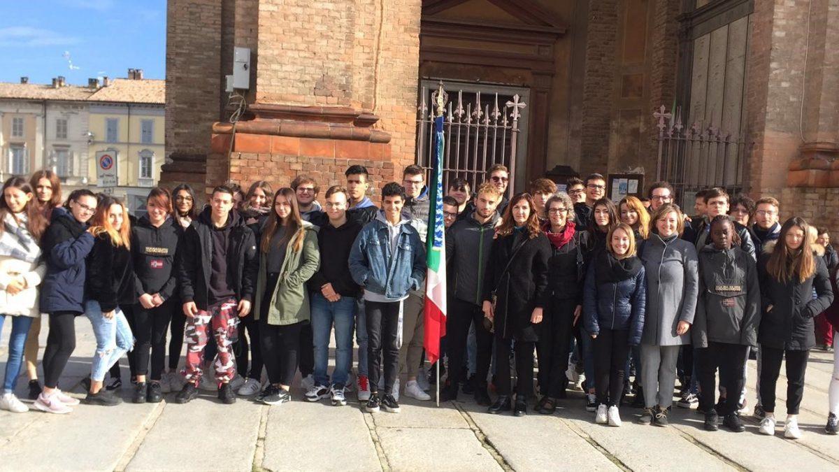 04/11/2019 L'Istituto Santachiara partecipa alle celebrazioni del Giorno dell'Unità Nazionale
